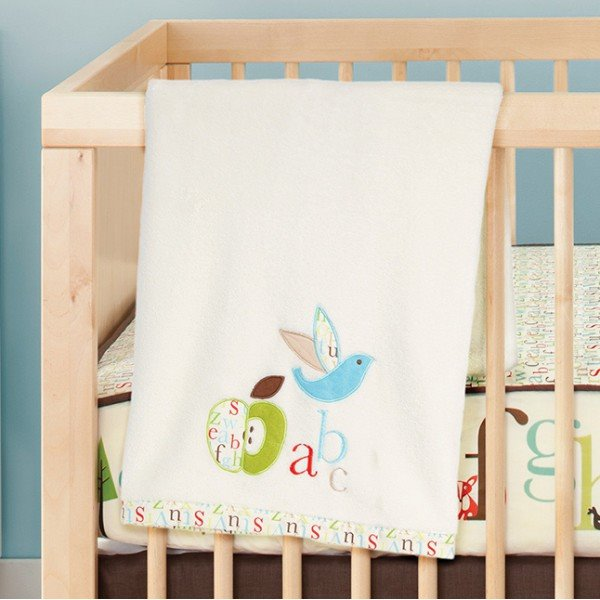 Плюшевый плед Skip Hop Nursury Plush Blanket Alphabet Zoo